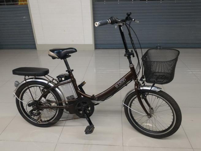 จักรยาน แม่บ้านไฟฟ้าญี่ปุ่น พับได้ เฟรมอลูสีน้ำตาล เกียร์ Shimano 6 สปีด