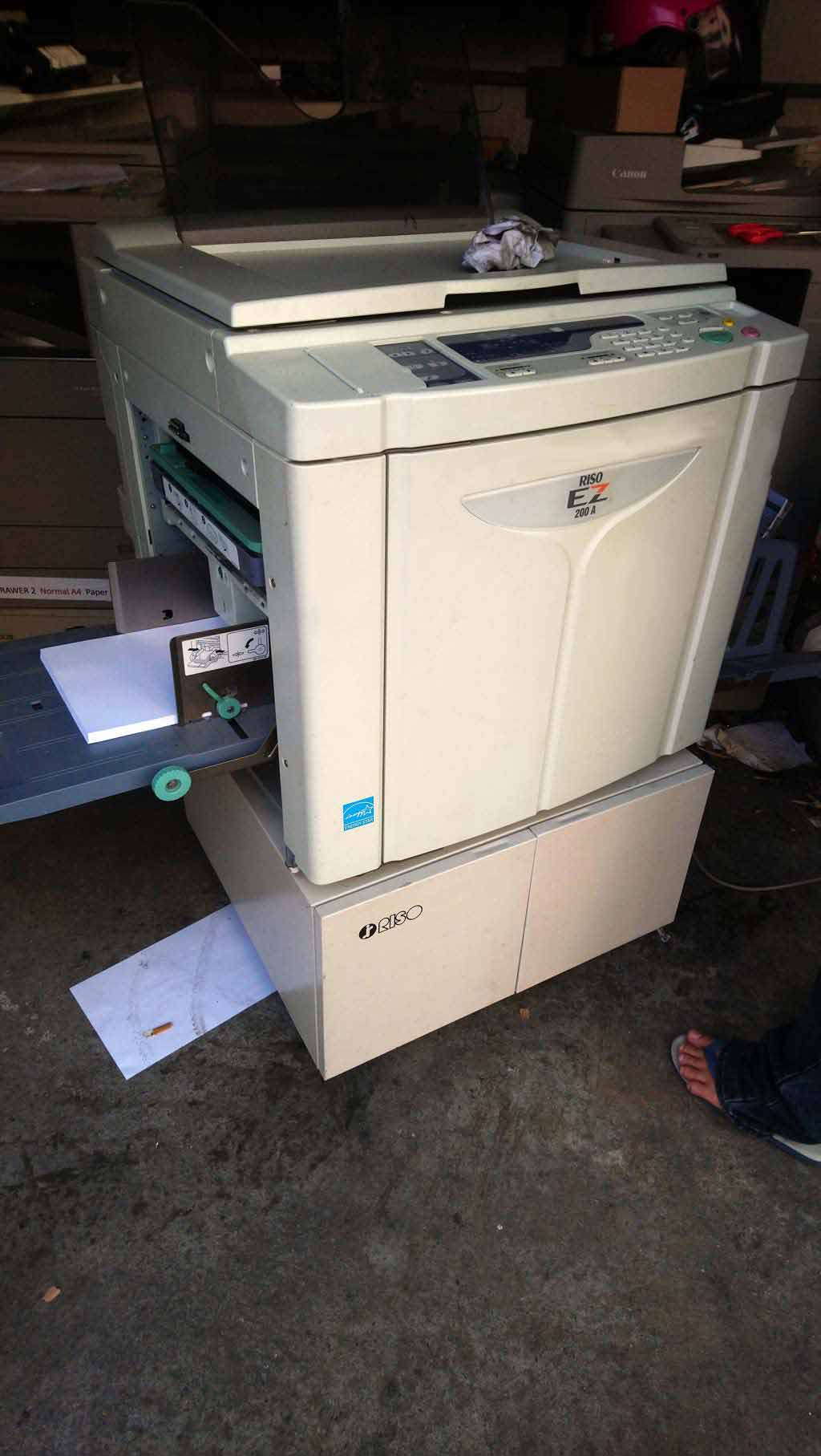 เครื่องพิมพ์สำเนาระบบดิจิตอลมือสอง RISO EZ200 สภาพสวยพร้อมใช้ ลูกโมสีดำ