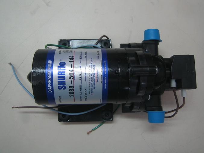 ปั๊มจ่ายน้ำเชอร์โฟร์ Shurflo 3GPM 230VAC รุ่นฉลากสีเงิน