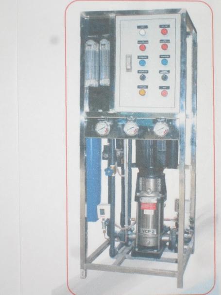 เครื่องผลิตน้ำอาร์โอ(RO.) กำลังการผลิต 3000 ลิตรต่อวัน (3Q)