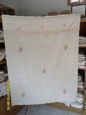ผ้าม่านหน้าต่างผ้าฝ้ายปักดอกถักโครเชร์หัวผ้าม่านและชายผ้าม่านแบบสอด