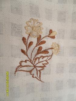 ผ้าม่านหน้าต่างผ้าฝ้ายปักดอกและหัว-ชายผ้าถักโคเชร์แบบคอกระเช้า 20