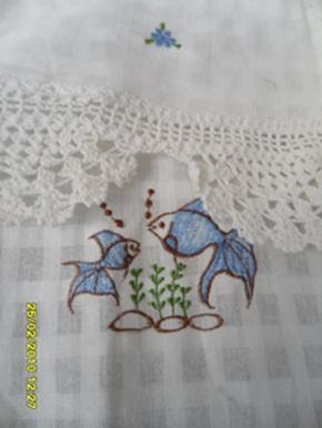 ผ้าม่านหน้าต่างผ้าฝ้ายปักดอกและหัว-ชายผ้าถักโคเชร์แบบคอกระเช้า 23