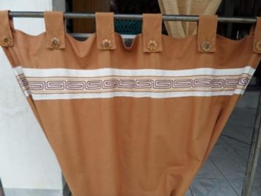 ผ้าม่านหน้าต่างผ้าฝ้ายสีน้ำตาลแบบคอกระเช้า 1