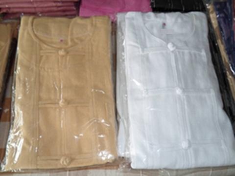 เสื้อผ้าฝ้ายคอกลมและคอจีนกระดุมจีนขอด