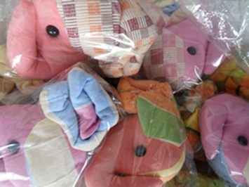 ผ้าหุ้มกล่องกระดาษใส่ทิชชูแบบสี่เหลี่ยมตุ๊กตาสัตว์ต่าง ๆ 2
