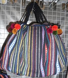 กระเป๋าผ้าฝ้ายลายผ้านากา(กระเป๋าแตงโม)