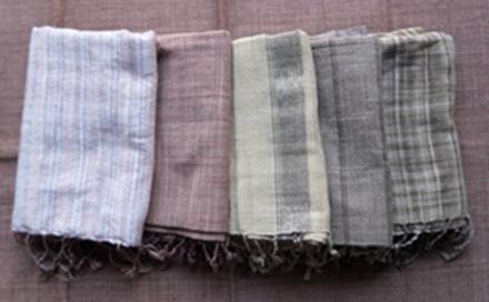 ผ้าพันคอผ้าฝ้ายทอมือย้อมสีธรรมชาติ