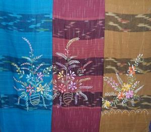 ผ้าถุงผ้าฝ้ายปักดอกลำพูน