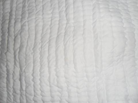 ผ้าปูนอนผ้าฝ้ายสีขาว