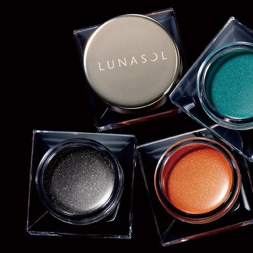*พร้อมส่ง* ลด 50 เปอร์ : Lunasol GLAM WINK - No.06 Sparkle Onyx ไม่มีกล่อง