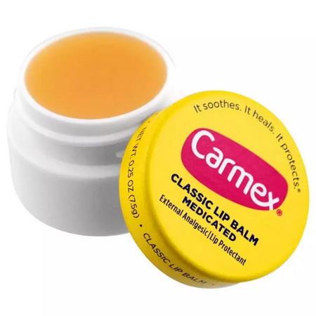 *พร้อมส่ง* CARMEX Classic Lip Balm Medicated จาก USA 7.5g.