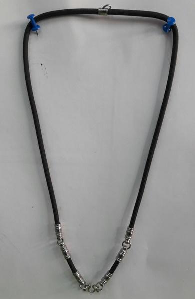 สร้อยเชือกไนล่อน ห้อยพระ 4 องค์ ความยาวรอบ 26 นิ้ว สีเขียว Nylon rope neckless อุปกรณ์