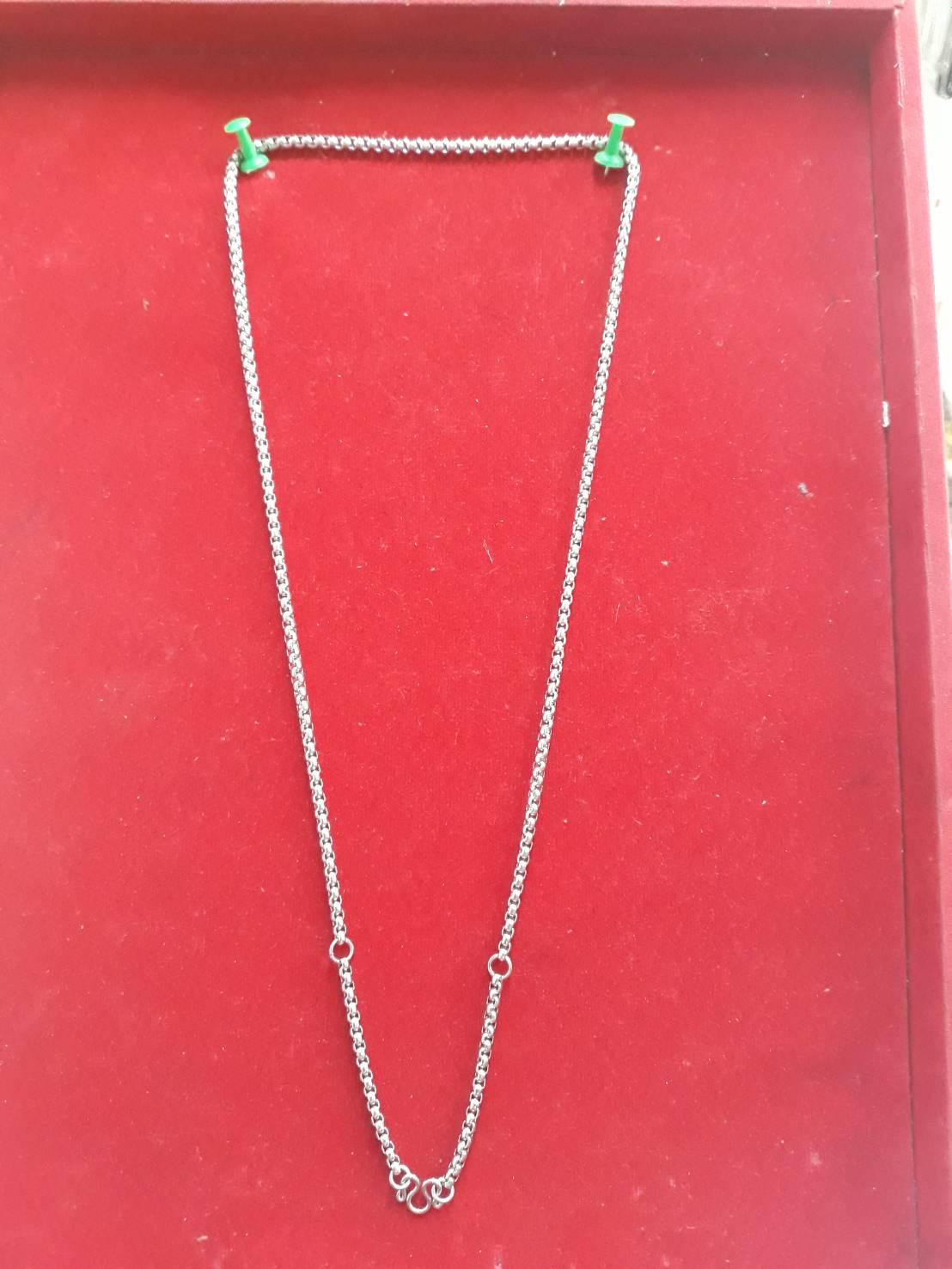 สร้อยแสตนเลส ห้อยพระ 3 องค์ ความยาวรอบ 26 นิ้ว stanless neckless อุปกรณ์