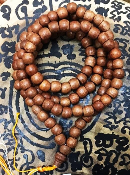 สร้อยประคำกันภัย ไม้มะขาม หลวงตารวม วัดโคกสำราญ thai amulet