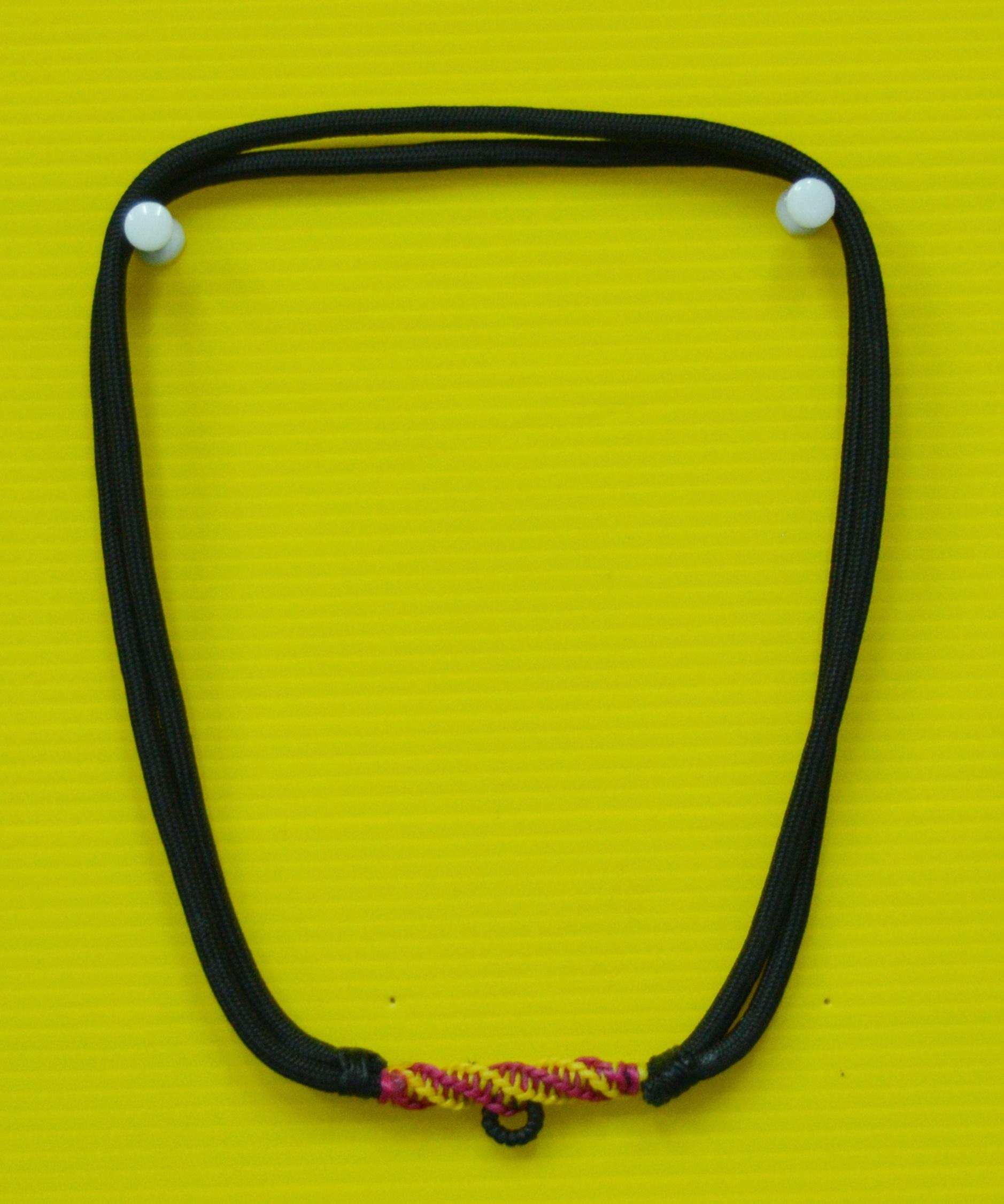 สร้อยเชือกไนล่อน ผสมเม็ดแร่ ห้อยพระ 1 องค์ ฟรีไซต์ Nylon rope neckless อุปกรณ์
