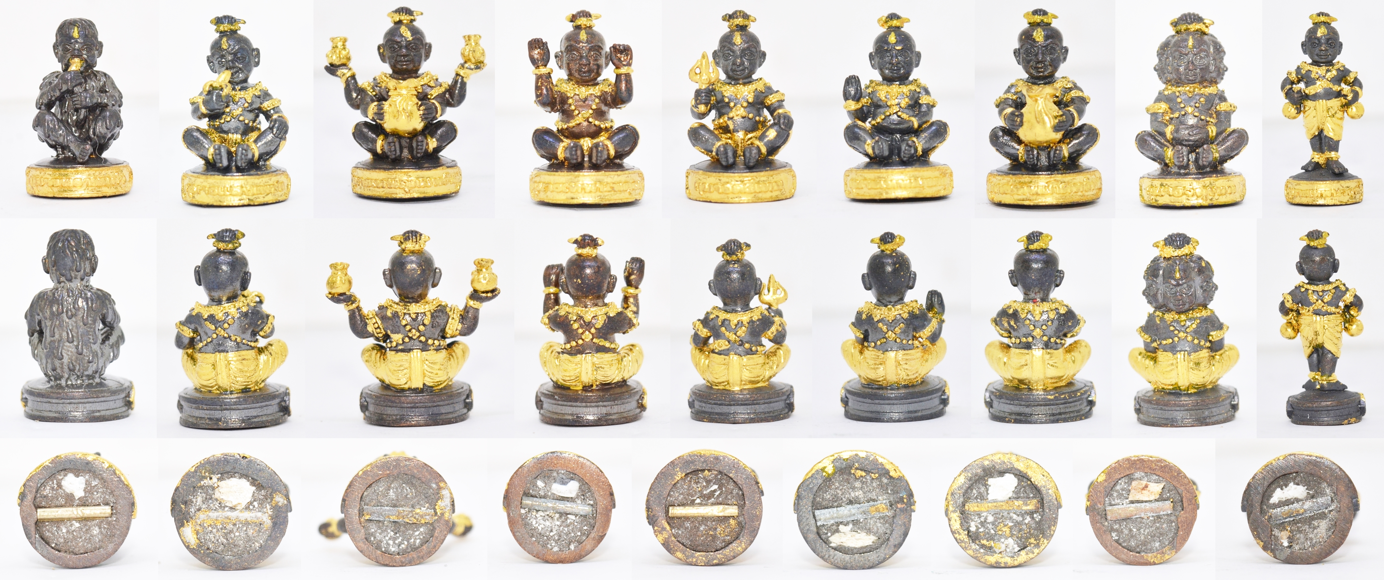 กุมารทอง ขนาดพกพา ชุดละ 9 องค์ รุ่นกำเนิดกุมารทอง หลวงปู่เณรแก้ว วัดบ้านเกษตรทุ่งเศรษฐี 2556