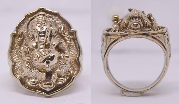 แหวนพระพิฆเณศวร เนื้ออัลปาก้า พิมพ์ใหญ่ รุ่นฉลองพระอุโบสถ หลวงปู่หงษ์ วัดเพชรบุรี 2550