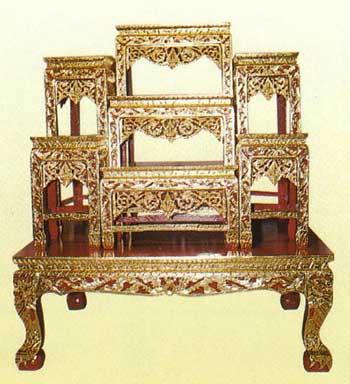 โต๊ะบูชา หน้า8 หมู่่7 แกะลายไทยปิดทอง