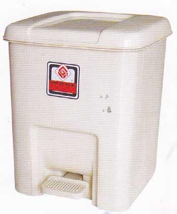 ถังขยะพลาสติก NO.1000