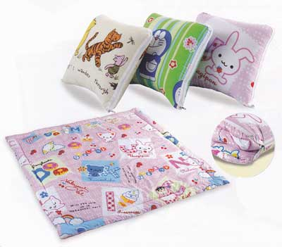 หมอนอิงนวม TOTO (Packaway Comforter)