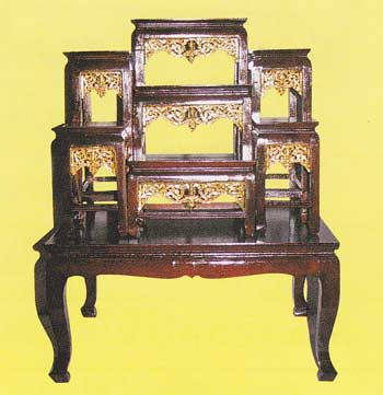 โต๊ะบูชา หน้า 6 หมู่่ 7 กระจังทอง code 033