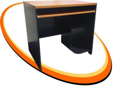 โต๊ะคอมมีที่วาง CPU หน้า เมลามีน MD001