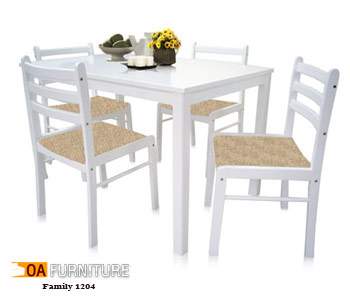 ชุดโต๊ะรับประทานอาหาร Family 1204