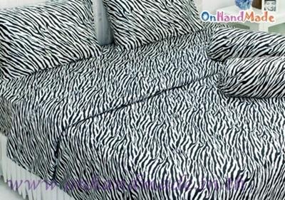 ผ้าปูที่นอนและผ้านวมคลุมเตียงผ้าซาตินแท้ 330 เส้น ขนาด 6 ฟุต (6 ชิ้น) ลายทางม้าลายขาว-ดำ