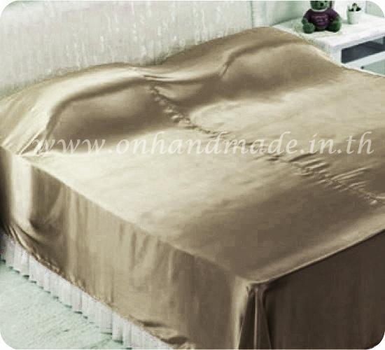 ผ้าคลุมเตียงผ้าซาตินแท้ 440 เส้น ขนาด 6 ฟุต (ขนาด 88 นิ้ว x 98 นิ้ว) สีทองน้ำตาลอ่อน