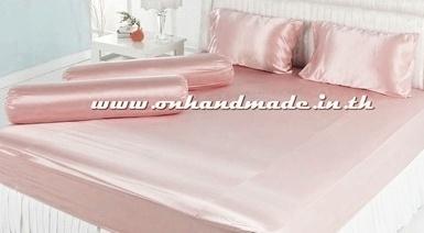 ผ้าปูที่นอน ความสูงฟูก 10 นิ้ว ผ้าซาตินแท้ 440 เส้น ขนาด 3.5 ฟุต สีโอรสชมพูพาสเทล