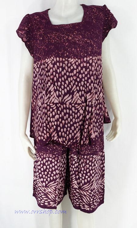 ชุดนอนผ้าบาติก ( เสื้อคู่กางเกง แขนระบาย ) แบบคอสี่เหลี่่ยม แขนระบาย คลิกดูรายละเอียดเพิ่มเติม