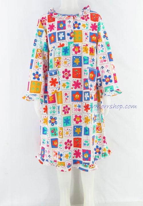 ชุดนอนเด็กหญิง ไซส์ 4-6 ผ้ายืด ชุดกระโปรงแขนยาว (แบบคอระบาย กระดุม 2 เม็ด) คลิกดูรายละเอียดเพิ่มเติม