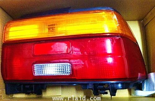 ไฟหน้า , ไฟท้าย AE101 (สามห่วง)