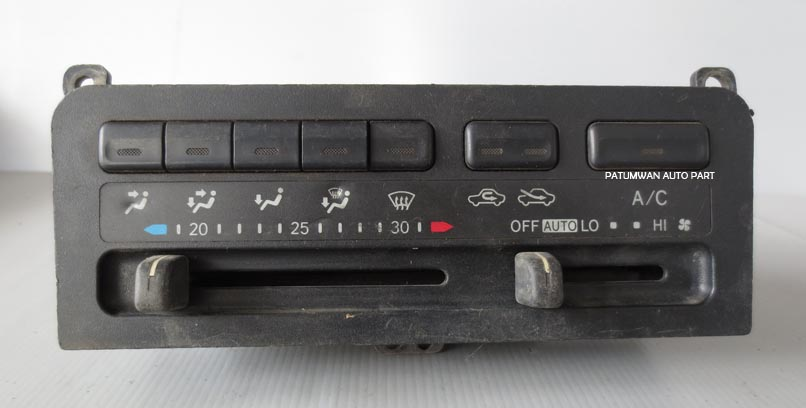 สวิทช์ปรับแอร์คอนโซลกลาง Toyota Corolla AE110  (โตโยต้า โคโรล่า ไฮท็อค)
