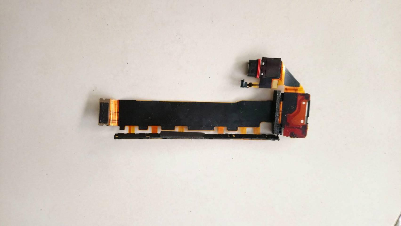 สายแพชุดชาร์จ SONY xperia Z4 Z3 Plus Z3+ E6533 E6553 มือสอง