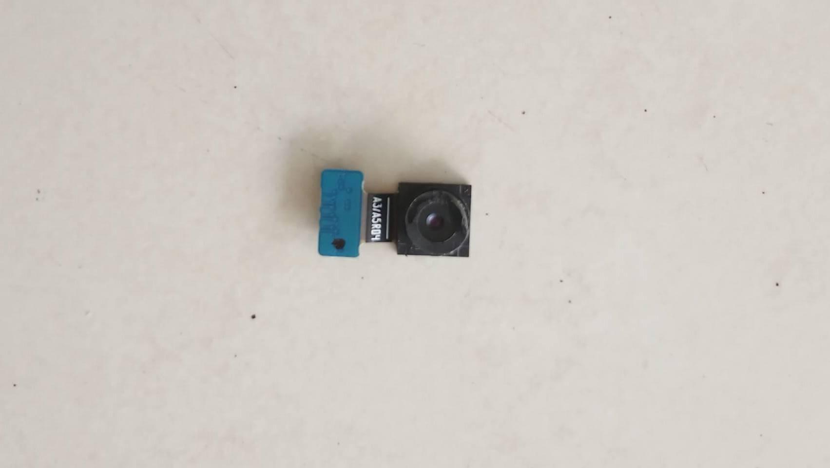 กล้องหน้าแท้ SAMSUNG A7 (2015) / A700 มือสอง