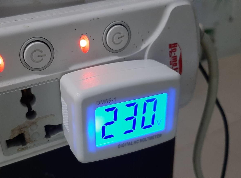 เครื่องทดสอบปลั๊กไฟ AC Volt meter plug tester