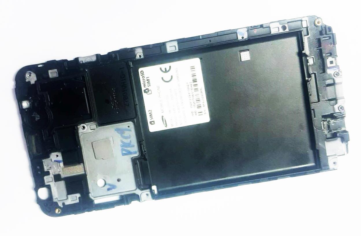 เคสส่วนกลาง SAMSUNG J7 Core / J701F/DS มือสอง