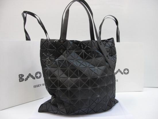 Issey miyake BAO BAO 10x10 Top Mirror 7 Stars สีดำผิวแมทด้าน