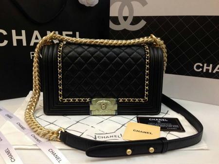 Chanel  boy flap bag aged calfskin GHW Top mirror image สีดำโซ่ทองค่ะ 9.8 นิ้ว