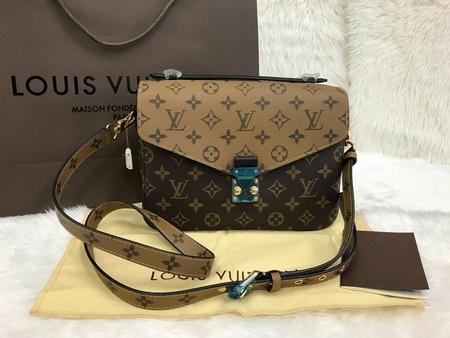 Louis Vuitton Reversed Monogram Pochette Metis Bag Top Mirror Image 7 stars เกรด  Hi End