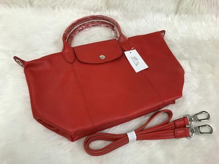 Longchamp Le Pliage Cuir Handbag หนังด้าน สีแดงสด