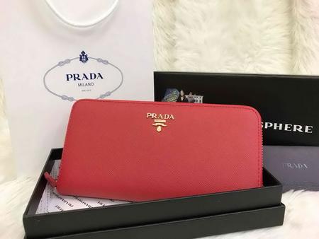 Prada Saffiano Zip-Around Wallet สีแดง
