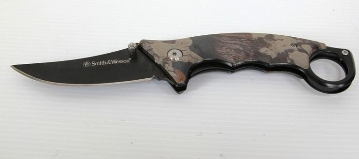 มีดพก SmithWesson