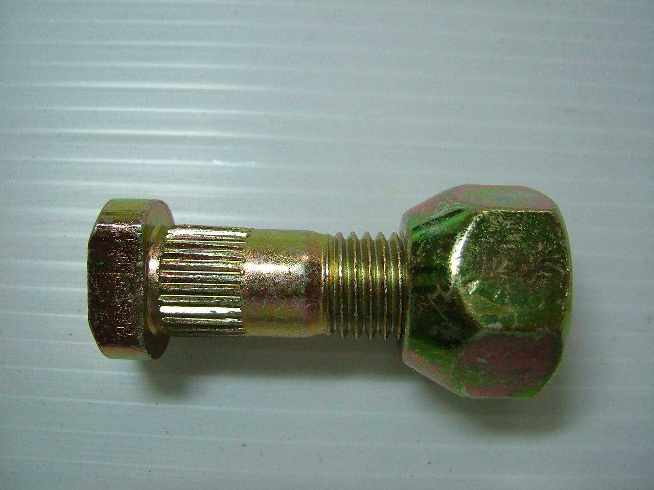 สกรูล้อ ISUZU 250/74-S.220 / RH (2210010)