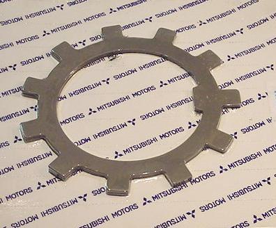 แหวนจักรเพลาท้าย FUSO FN527 (2320004)