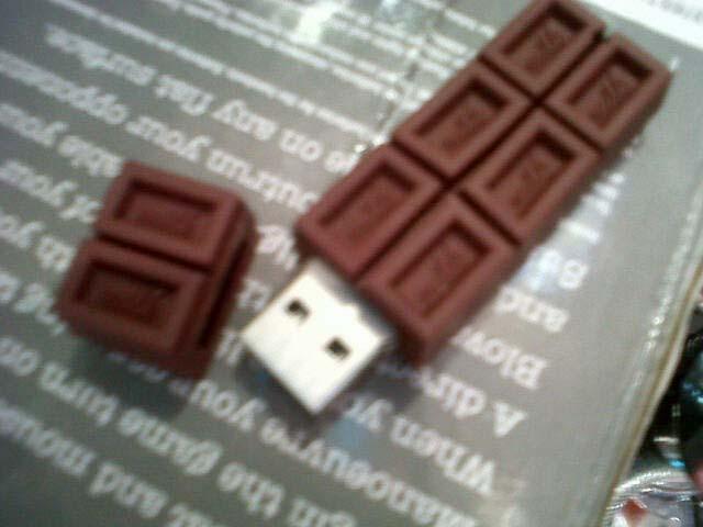 Chocolate Bar::Flash Drive 4 GB
