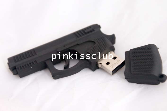 แฟลชไดร์ฟรูปปืน 4GB ( Flash Drive Gun )