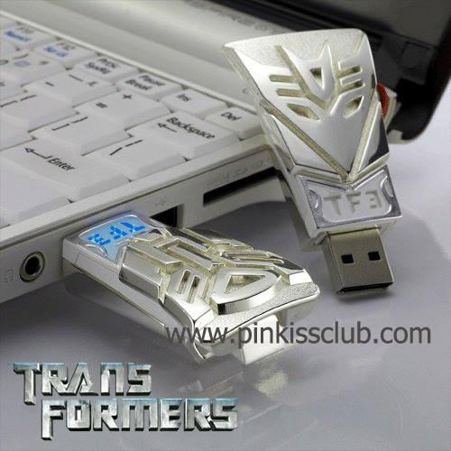 แฟลชไดร์ฟทรานฟอร์เมอร์ 16 GB